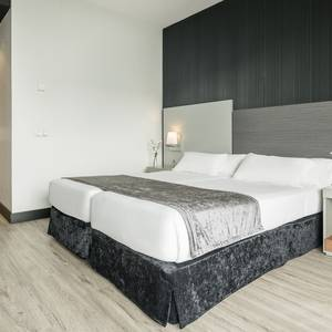 Corporate Single Room Hotel ILUNION Atrium Madrid